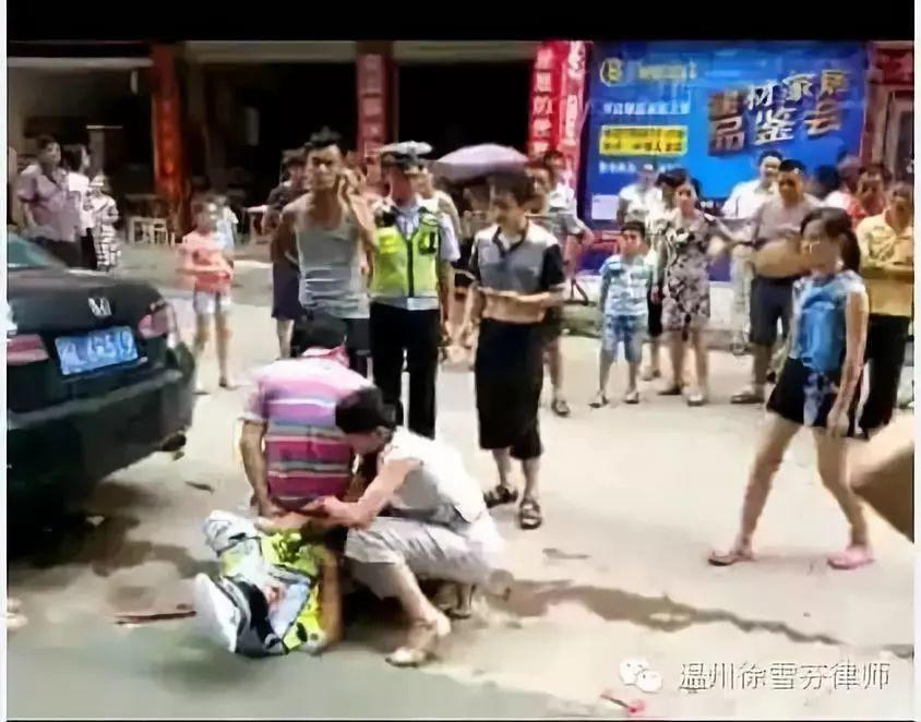 抚州交警执法惨遭暴力