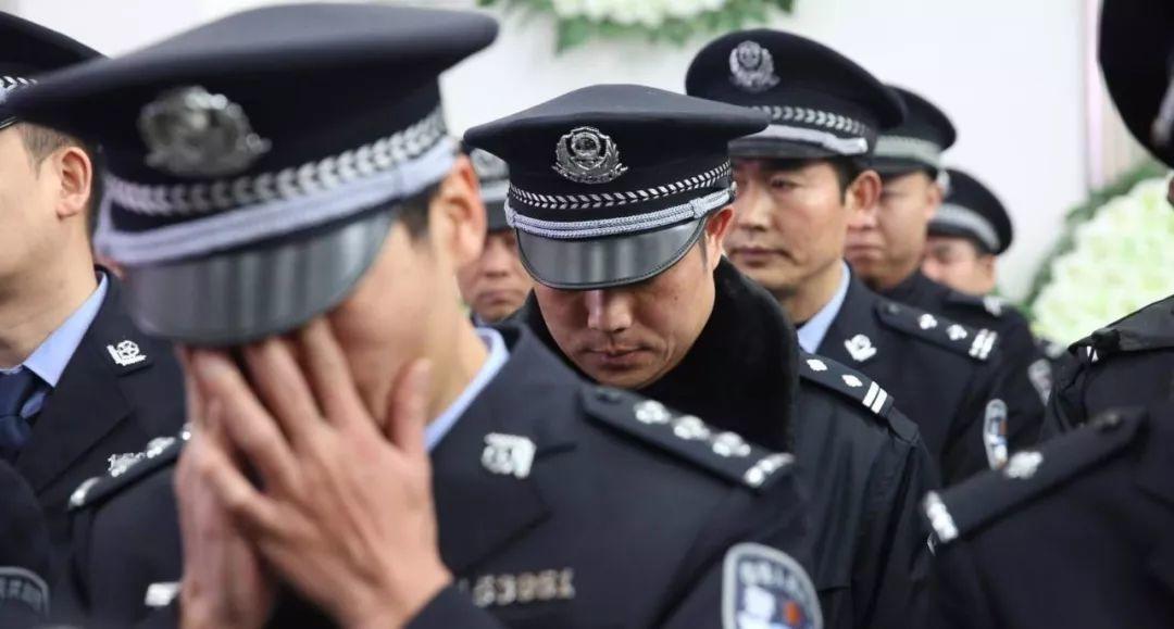 《法律不强人所难,自然也不该强警察所难》